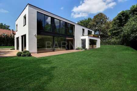 Maison contemporaine, RHODE SAINT GENESE - Ref M-71980