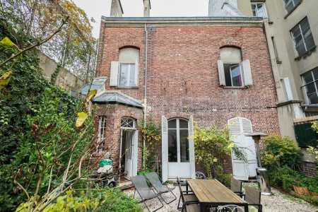 Maison, PARIS - Ref M-77822