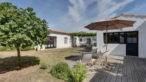 House, LOIX - Ref M-69844