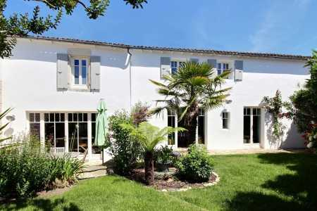 House, SAINTE MARIE DE RE - Ref M-72145