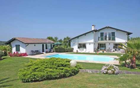 Villa, SAINT JEAN DE LUZ - Ref BL228
