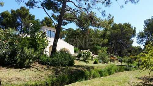 Stone house, MAUSSANE LES ALPILLES - Ref M-32271