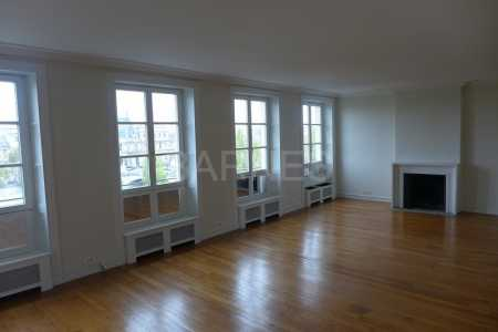 EMPTY APARTMENT, PARIS 75007 - Ref A-75343