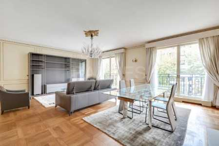LUXURY APARTMENT, PARIS 75008 - Ref A-52295