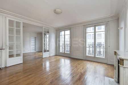 BOURGEOIS APARTMENT, PARIS - Ref A-77364