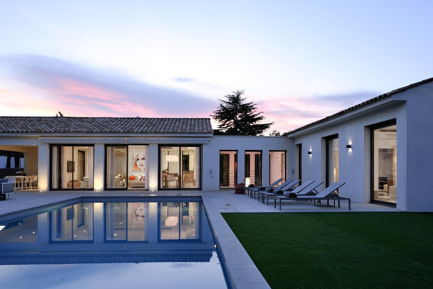 4 stunning sunny properties near the beach 24 02 2017 - Interieur maison contemporaine architecte ...